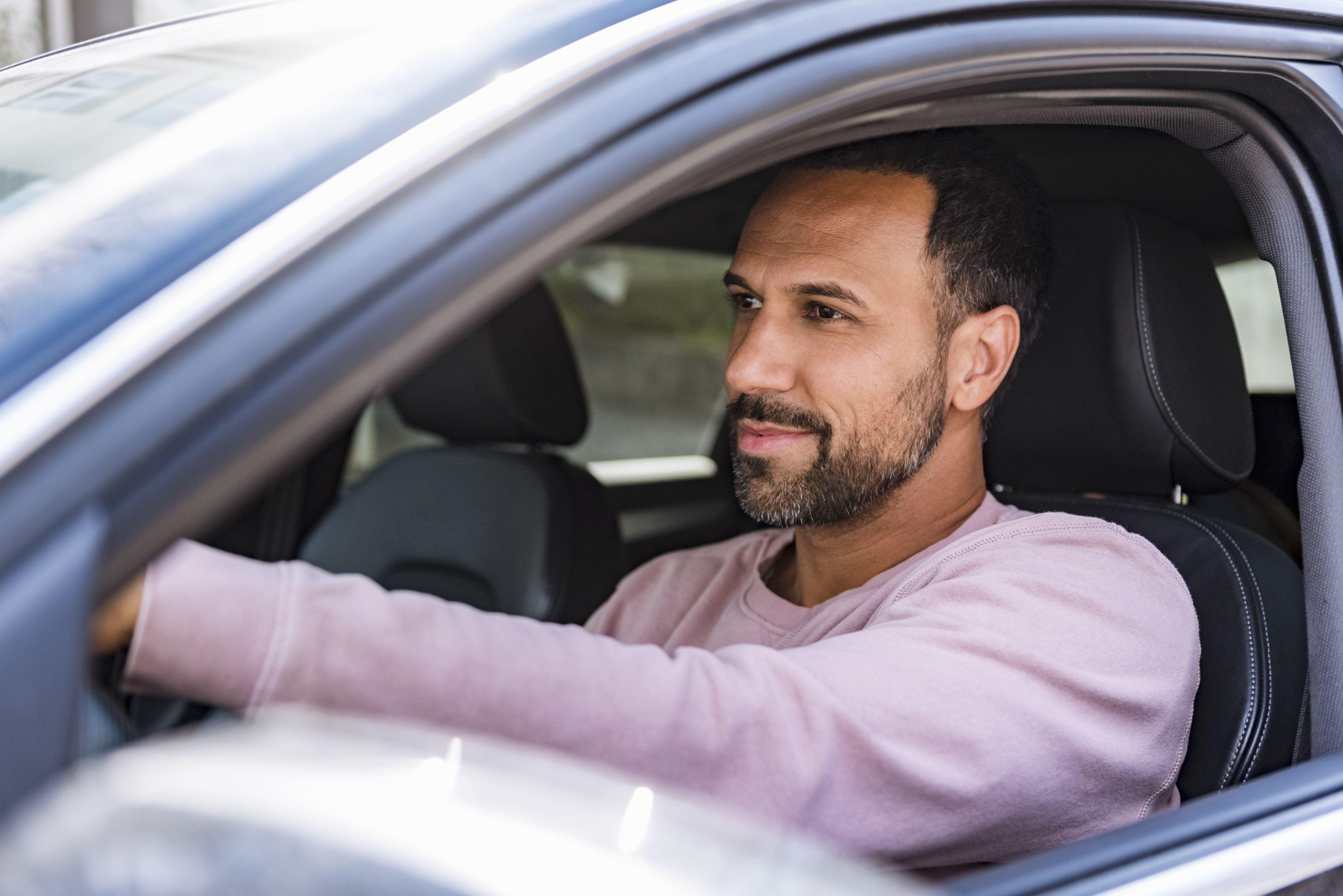 Problemática fiscal de la cesión de uso de vehículos adquiridos por empresas a sus socios