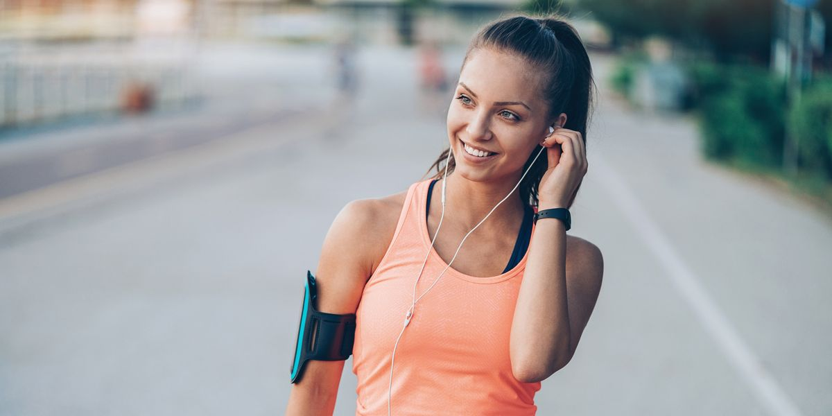 These Health and Fitness Podcasts Will Help You Reach Your 2019 Goals