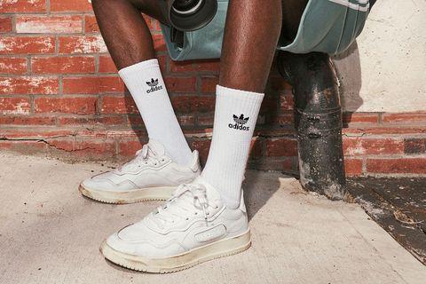 White, Footwear, Human leg, Shoe, Leg, Fashion, Sock, Calf, Joint, Ankle,