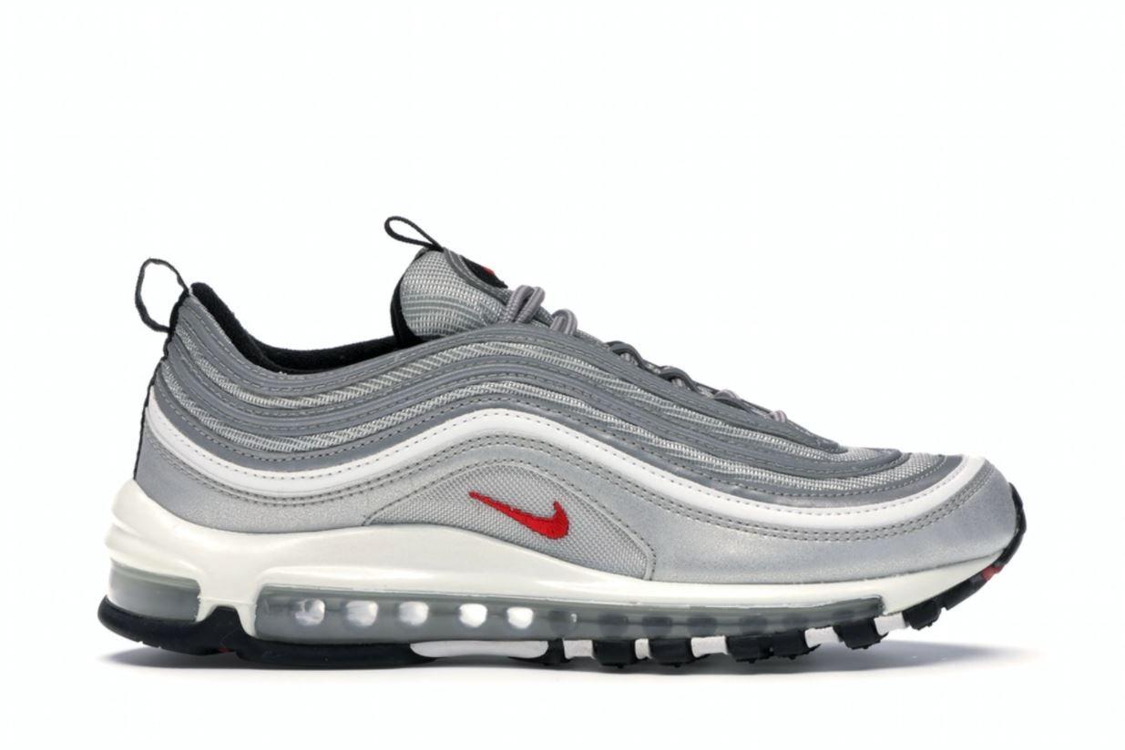 Le sneakers Nike Air Max più comprate in Italia, nel giorno del ...