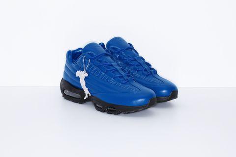 Footwear, Cobalt blue, Shoe, Blue, Outdoor shoe, Electric blue, Walking shoe, Product, Sportswear, Sneakers,