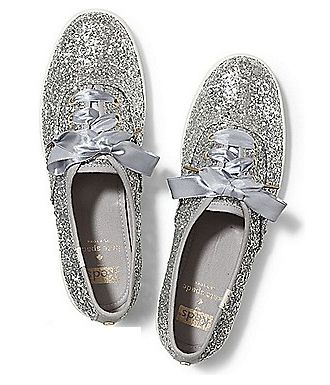 Footwear, White, Shoe, Silver, Slipper, Glitter, Silver, Metal, Fashion accessory,