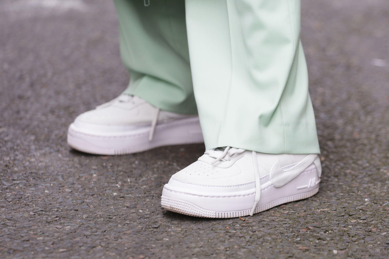 come lavare le scarpe bianche adidas