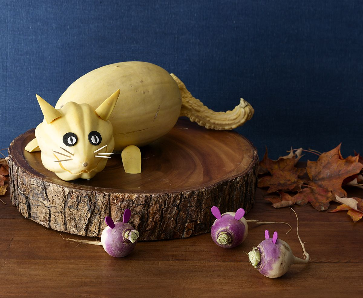 Sneaky Kitty and Mice Pumpkin