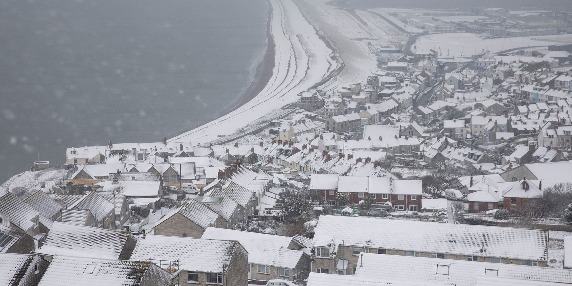 Weather experts predict it could snow again over Easter weekend