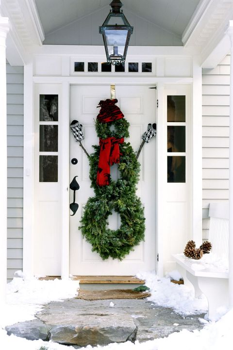 30 Christmas Door Decoration Ideas - Pretty Holiday Front Doors