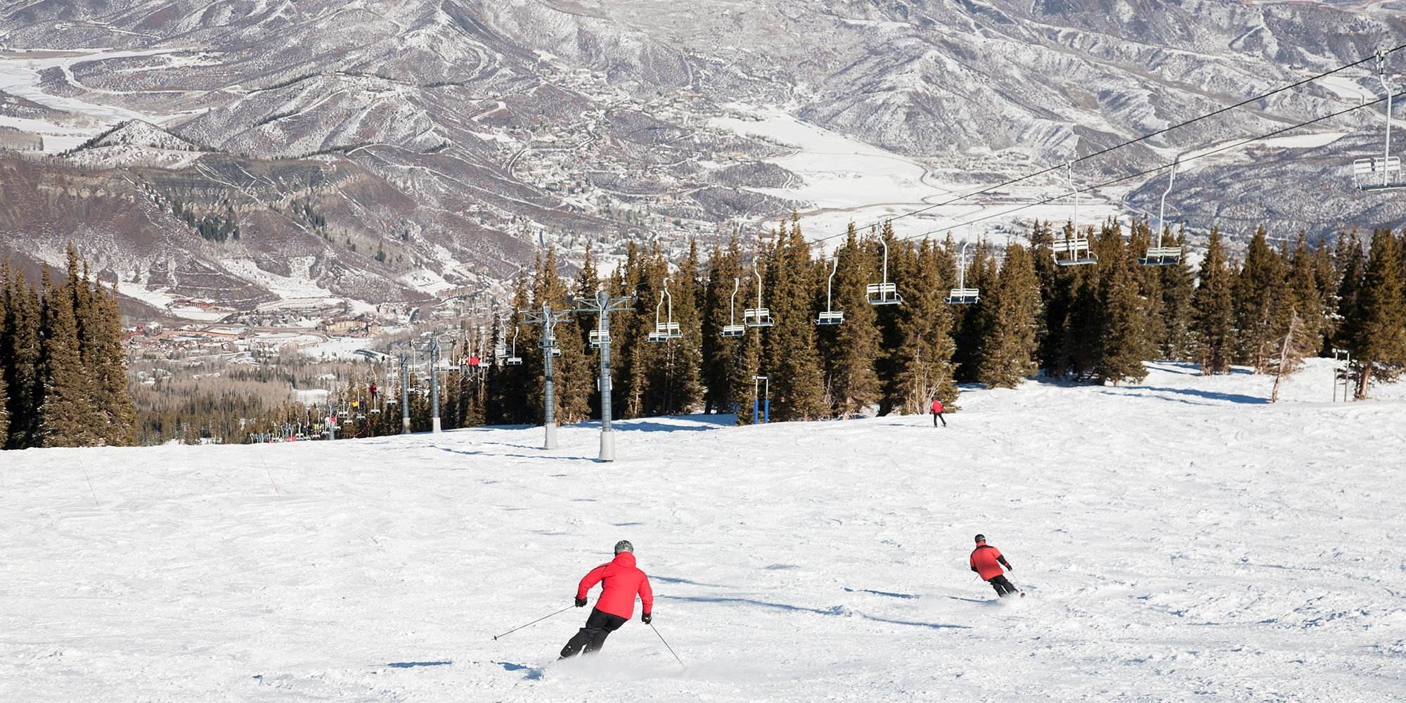 6e56344614 20 Best Ski Resorts in the US - Top Ski Destinations in America