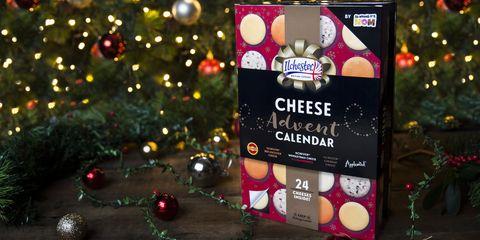 Christmas, Christmas ornament, Lighting, Christmas eve, Tree, Event, Christmas decoration, Christmas tree, Holiday, Christmas lights,