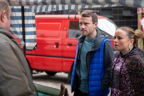 Gemma Winter and Paul Foreman visit the market trader in Coronation Street
