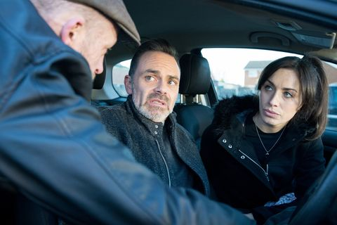 Shona Ramsey is warned off by Macca in Coronation Street