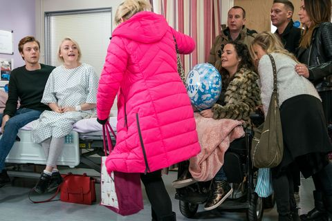 Sinead Tinker's loved ones throw a baby shower in Coronation Street