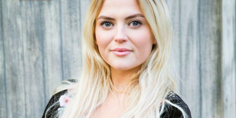 Coronation Street's Lucy Fallon unveils new hair transformation ahead of Bethany Platt exit