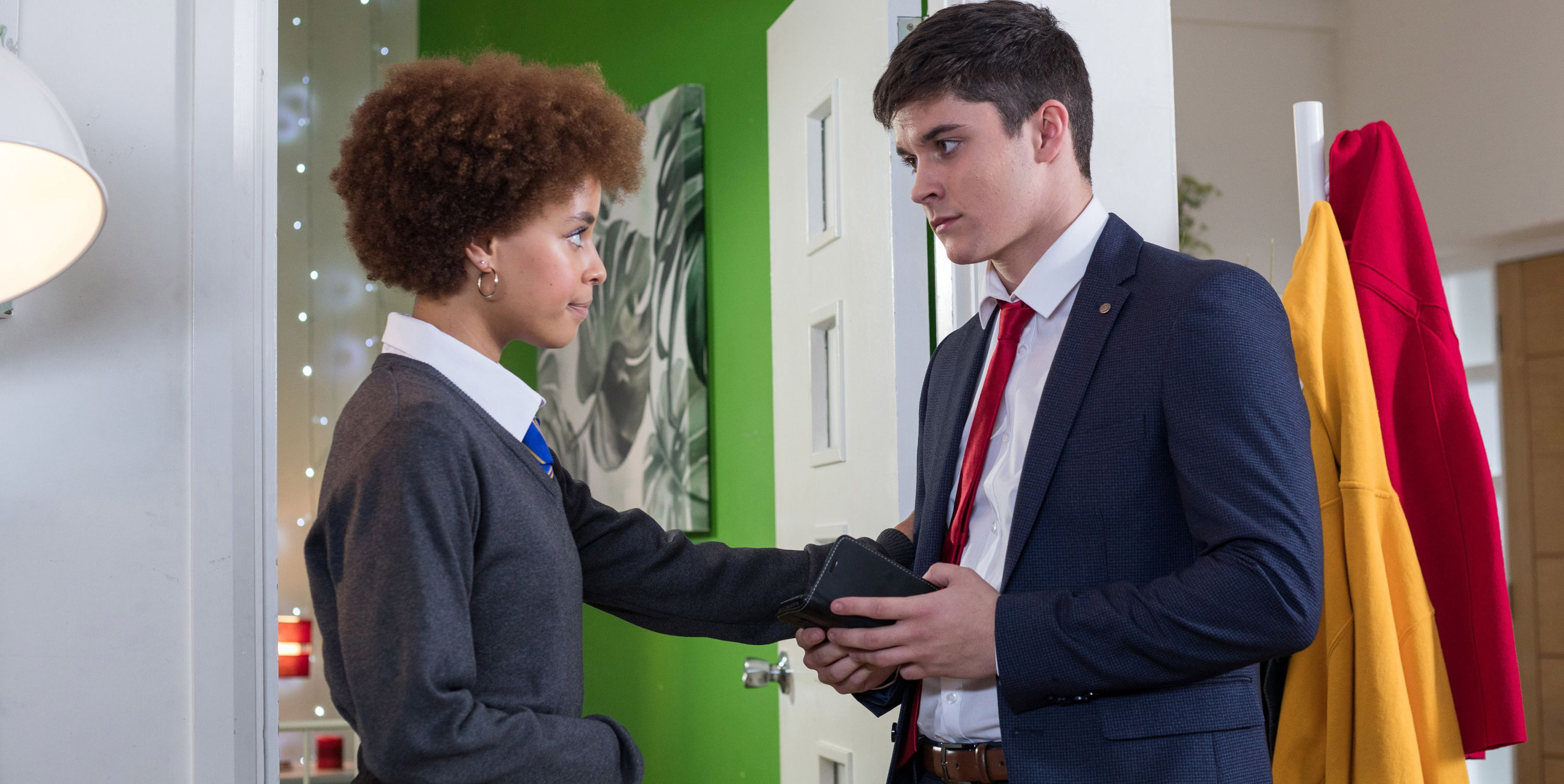 Chemistry between Ollie Morgan and Brooke Hathaway in Hollyoaks