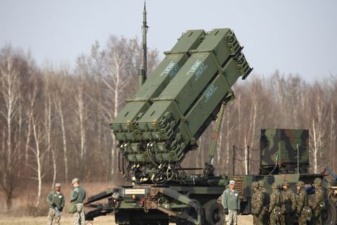 us air and missile patriot battery arrived to poland sochaczew
