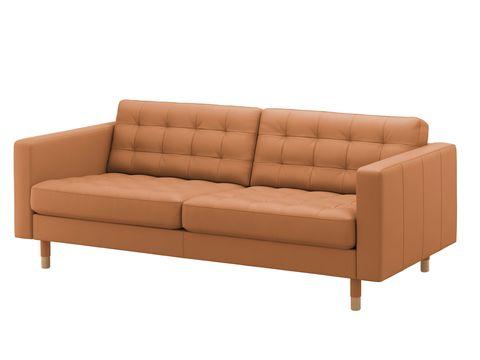 Sofá en tono marrón