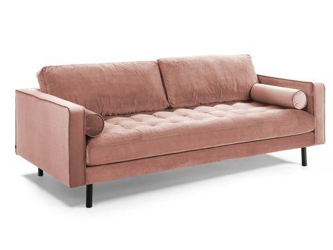 sofá en terciopelo rosa empolvado con asiento capitoné, modelo debra