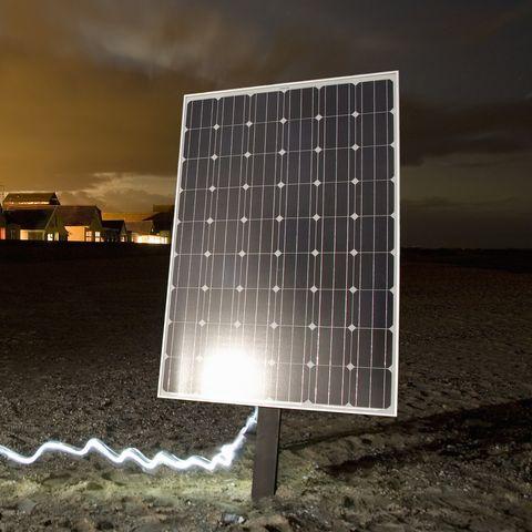 Solar panel, Solar energy, Light, Lighting, Solar power, Sky, Technology, Water, Rectangle, Line,