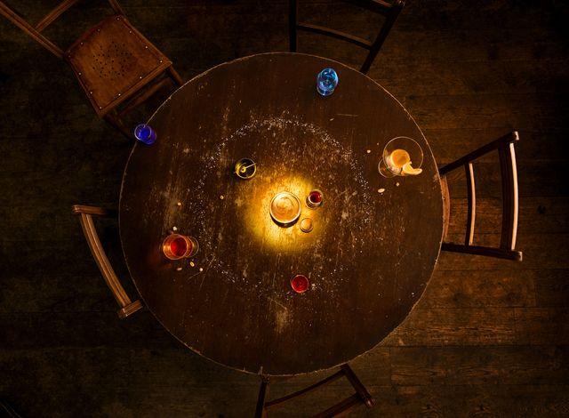 solar system model on pub table