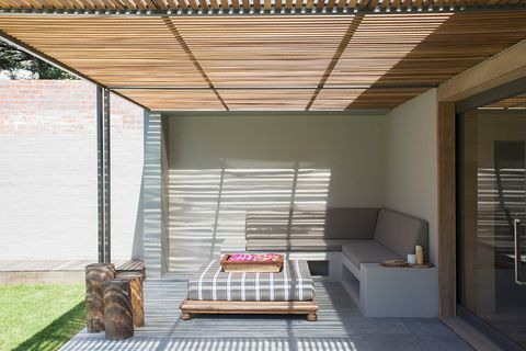 Property, Ceiling, Room, Building, Furniture, House, Interior design, Architecture, Roof, Shade,