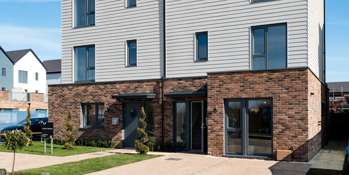 The Uks First Smart Home Is Now Available To Buy In Milton Keynes - Smart-modern-residence-in-poland