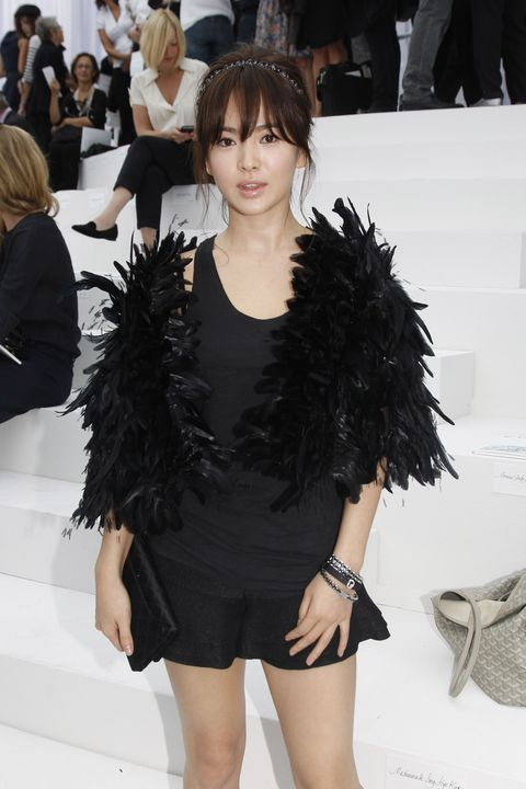 chanel front row   paris fashion week spring  summer 2012