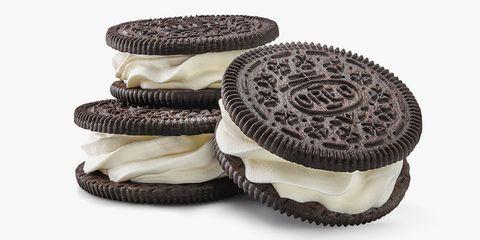 Oreo, Cookies and crackers, Sandwich Cookies, Snack, Food, Cookie, Dessert, Baked goods, Finger food, Baking cup,