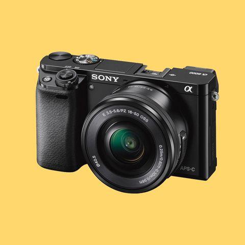 Single-lens reflex camera, Product, Digital camera, Camera, Point-and-shoot camera, Lens, Colorfulness, Mirrorless interchangeable-lens camera, Camera accessory, Film camera,