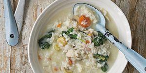Sopa cremosa de pollo y arroz