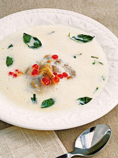 Sopa fría con ostras