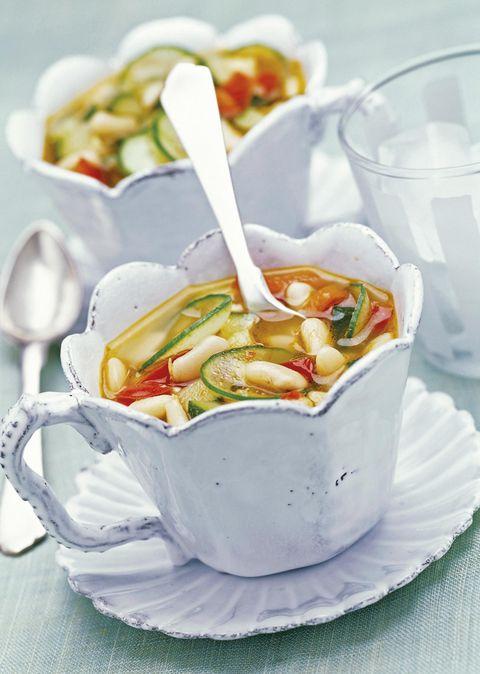 sopa minestrone fría