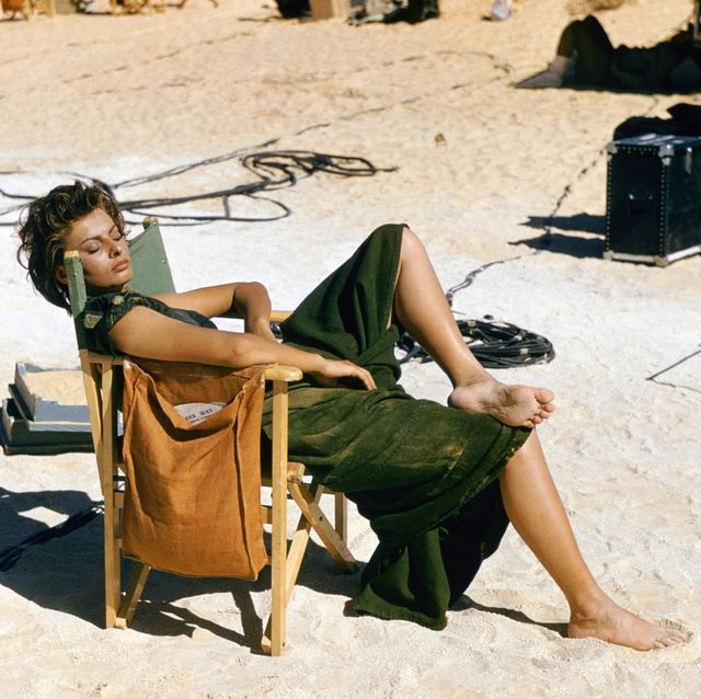 sophia loren, en libia, en 1957