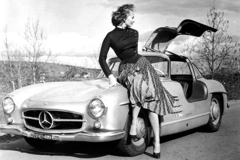 Land vehicle, Car, Vehicle, Motor vehicle, Mercedes-benz 300sl, Coupé, Automotive design, Classic car, Mercedes-benz, Classic,