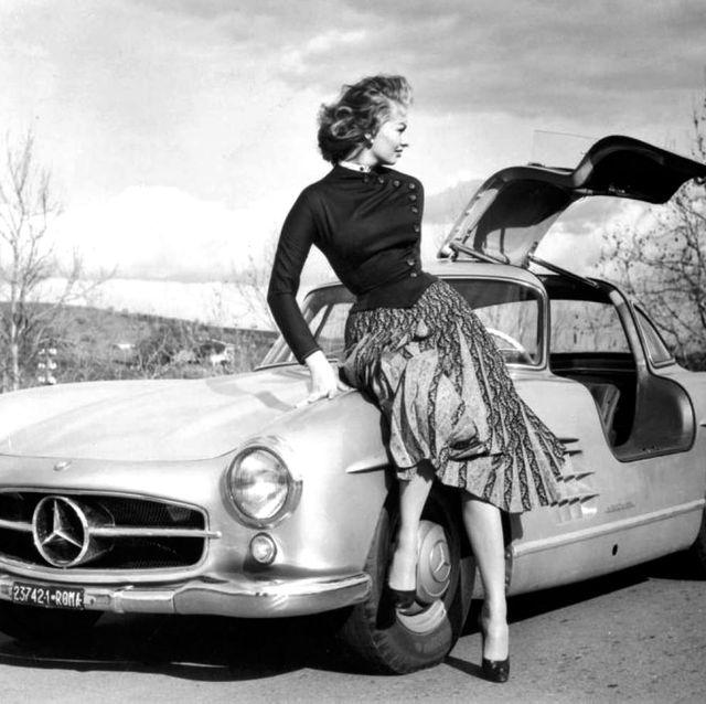 Land vehicle, Car, Vehicle, Motor vehicle, Mercedes-benz 300sl, Coupé, Automotive design, Classic car, Mercedes-benz, Classic,