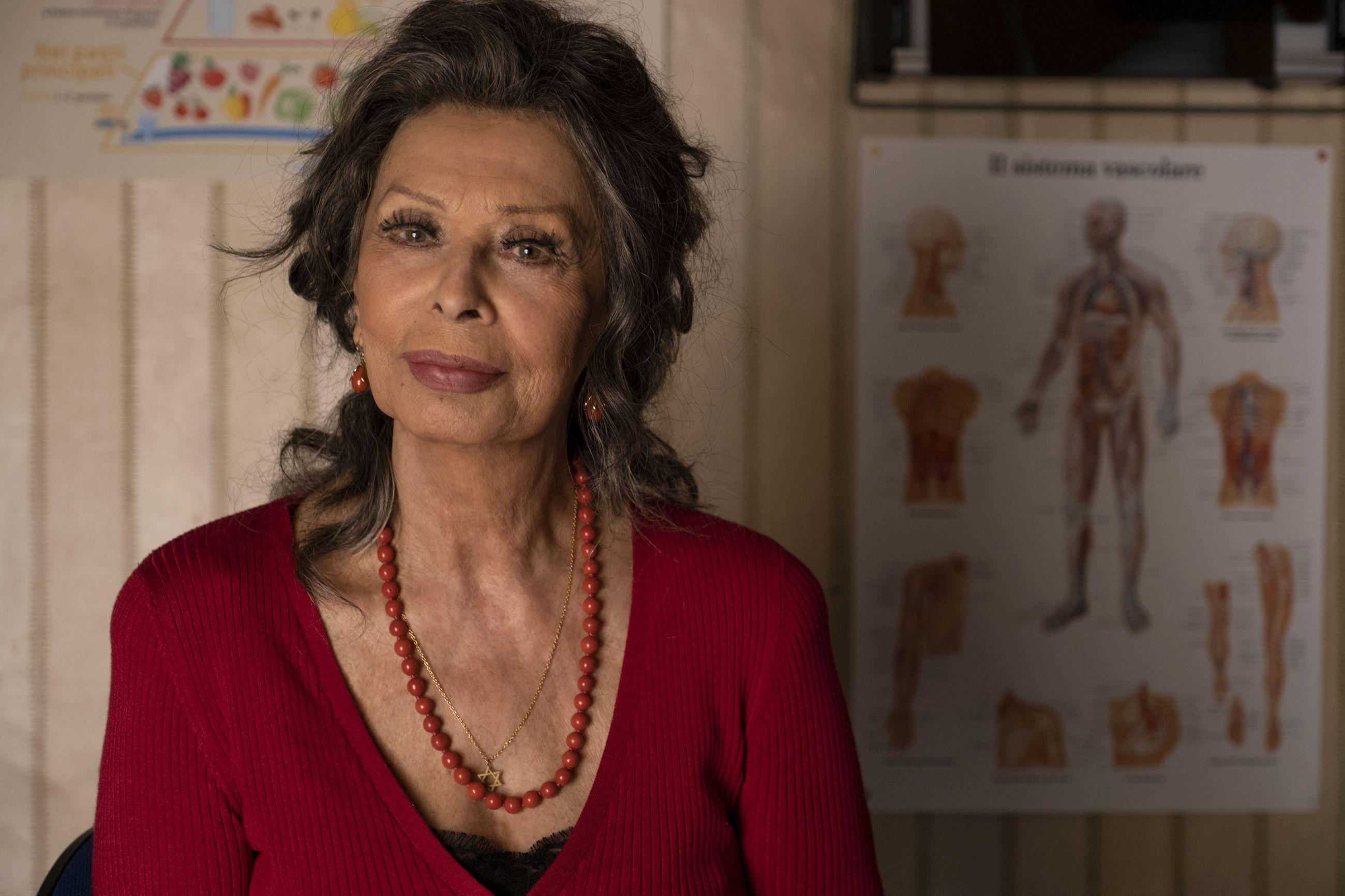The Life Ahead Cast News Trailer Details More On Sophia Loren S Movie
