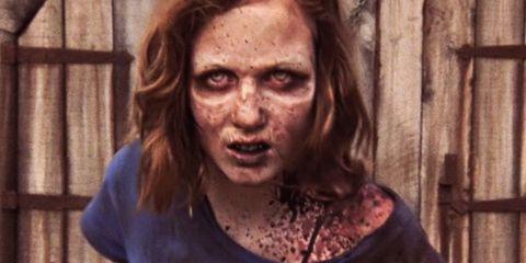 sophia convertida en zombie