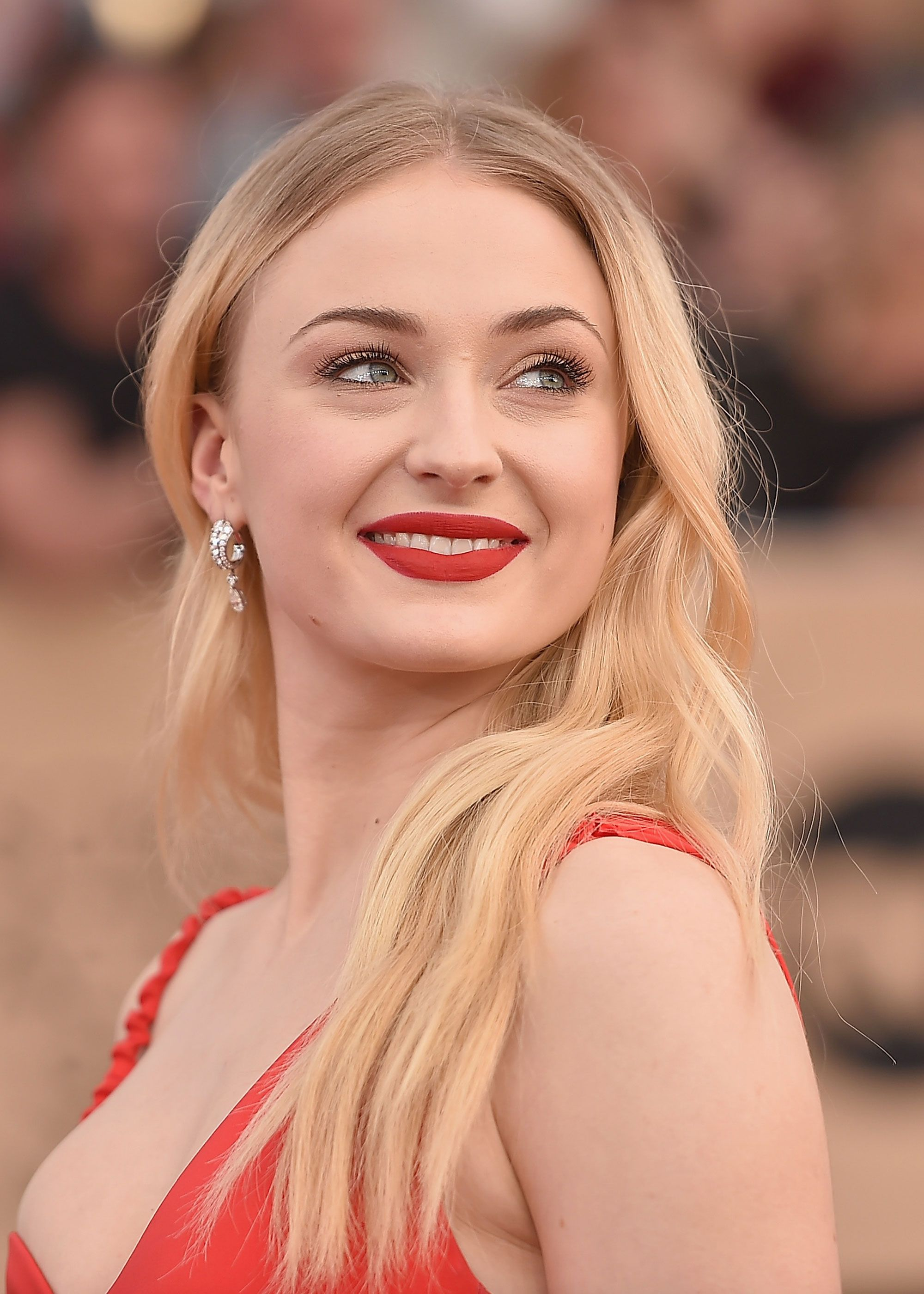 Sophie Turner On The Beauty Product She Describes As 'The Greatest Invention Of All'