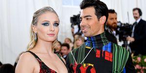 Actrice Sophie Turner en zanger Joe Jonas, wie naar verluidt hun eerste kindje verwachten, bij het Met Gala in 2019.
