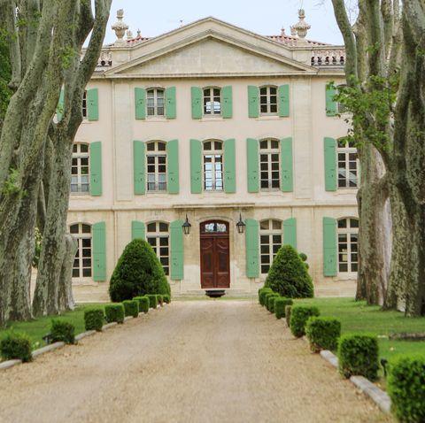 Sophie Turner Joe Jonas Wedding Airbnb Venue Le Chateau de Tourreauin