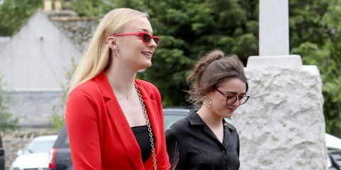 Red, Eyewear, Blond, Glasses, Fashion, Street fashion, Sunglasses, Vision care, Blazer, Formal wear,