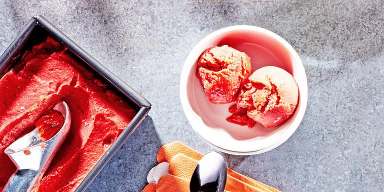 How To Make Mango-Raspberry Sorbet