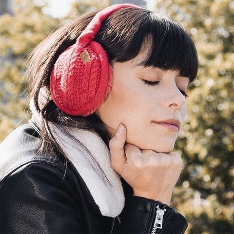 Hair, Ear, Audio equipment, Headphones, Nose, Hairstyle, Head, Pink, Organ, Chin,