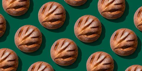 sourdough bread arrangement pattern