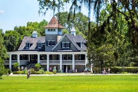 best charleston plantations magnolia plantation veranda
