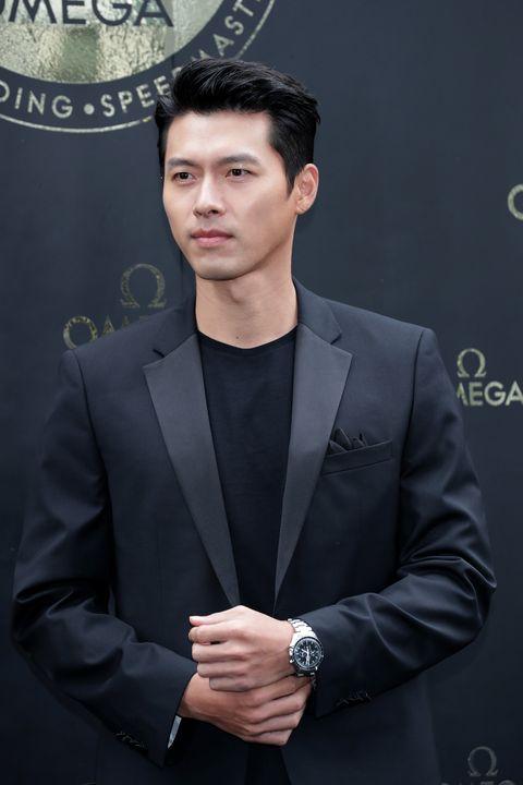 hyun bin attends photocall for omega