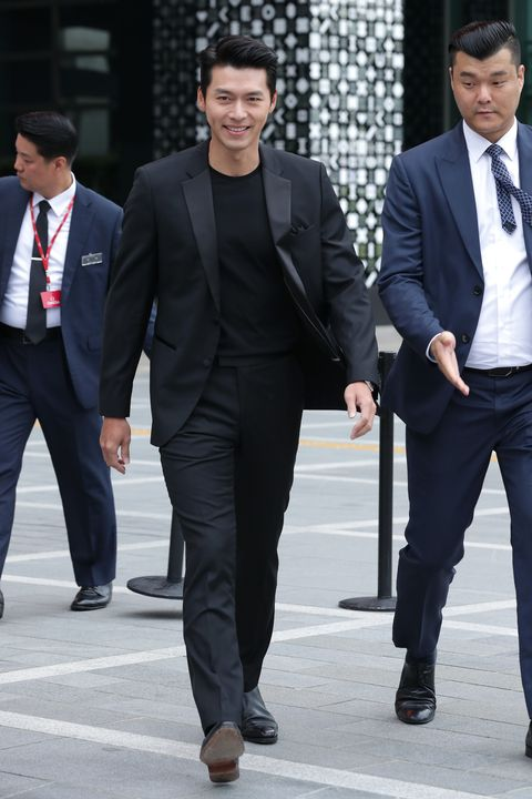 hyun bin attends photocall for omega