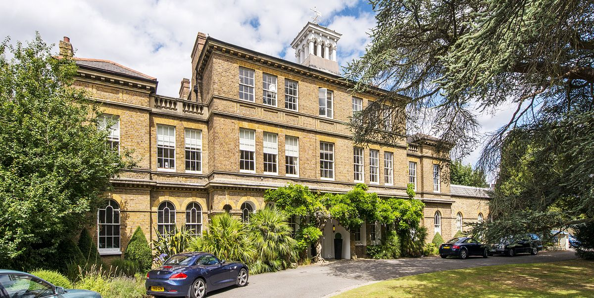 Beautiful Two Bedroom London Apartment For Sale In Richmond