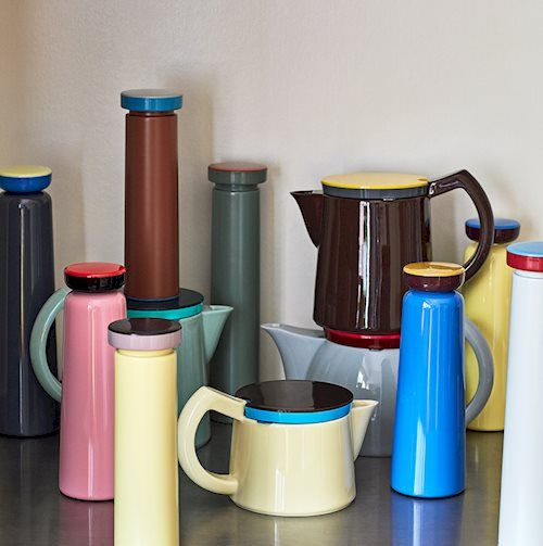 Product, Cylinder, Serveware, Drinkware, Vacuum flask, Jug, Material property, Cup, Tableware, Plastic,