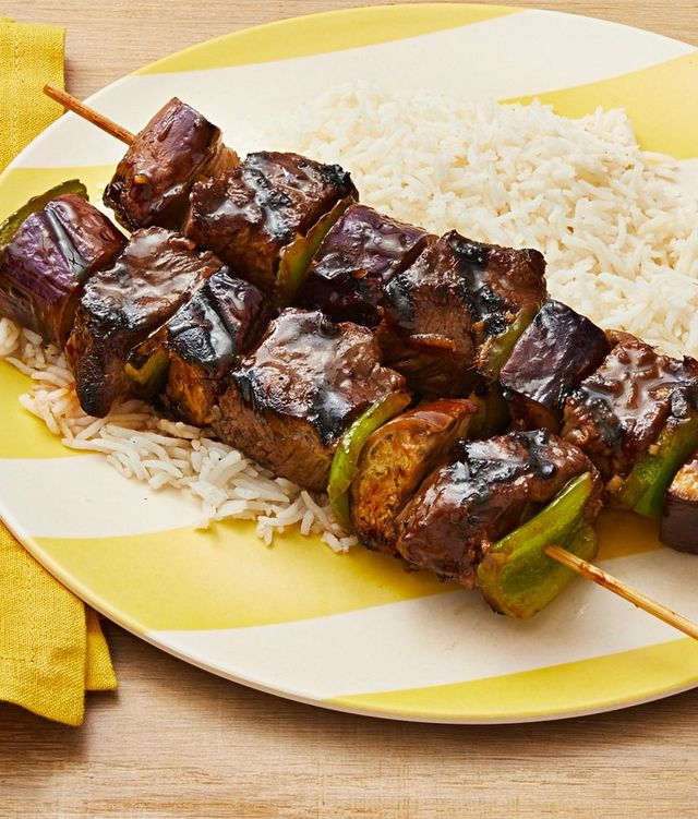 soy ginger beef kebabs with rice