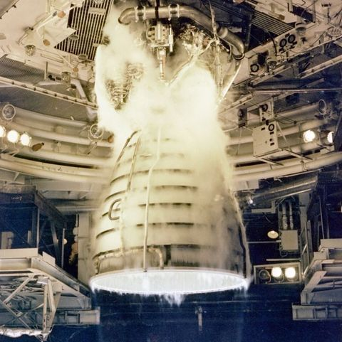 space shuttle main engine  - space shuttle main engine undergoing a test firing at the news photo 1625074009 - The Space Shuttle Engines Will Rise Again