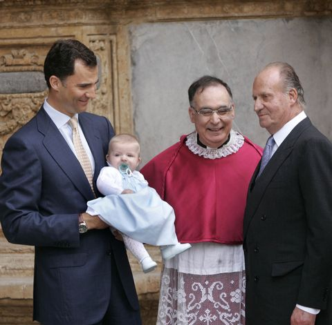 spain   royals   easter mass